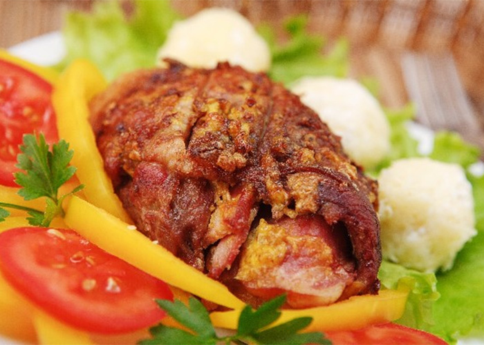 pork-chops-stuffed-with-smoked-gouda-and-bacon.jpg